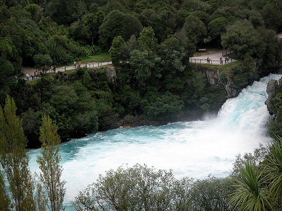 Huka falls walkway and viewing platform