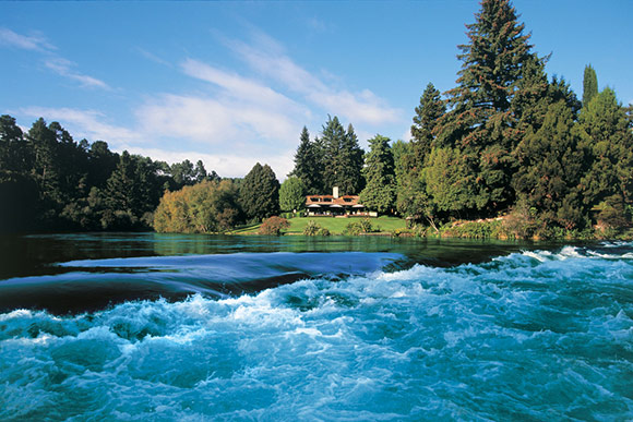 Huka Lodge luxury accommodation